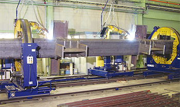 Figure 3-2: Two-joints synchronized robotic welding system for column assembly